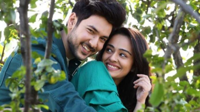 Shivin Narang, Apoorva Arora's song Dooriyan is about relationships and heartbreaks