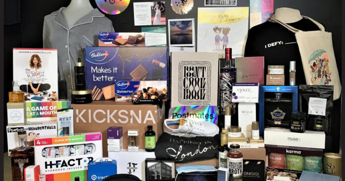 What's in the Oscars Gift Bags, and Why the Tradition Endures