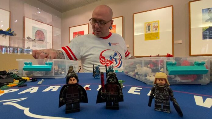 Building a better life: Wisconsin veteran finds therapy through LEGOs