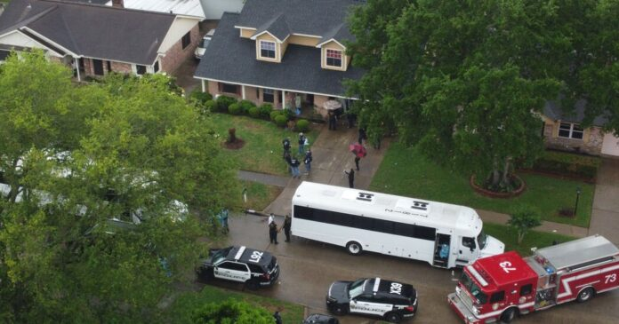 Five in Houston Face Charges in Suspected Case of Human Smuggling