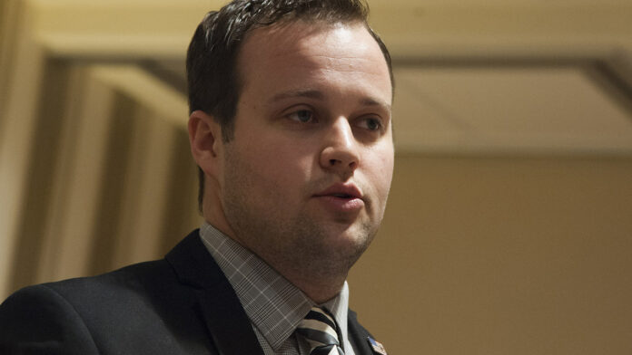 Josh Duggar's child porn charges are 'absolutely not a shock,' sources say: 'People like him don't change'