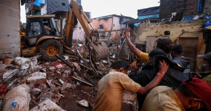 11 killed after building collapses in Mumbai following heavy monsoon rains