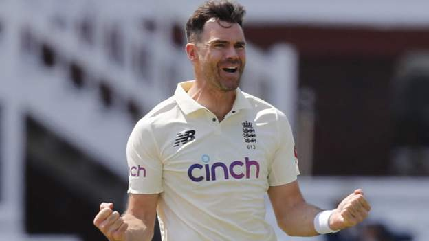 Anderson breaks England Test caps record
