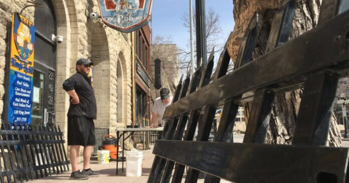 Winnipeg pub weighing its options as COVID-19 restrictions continue