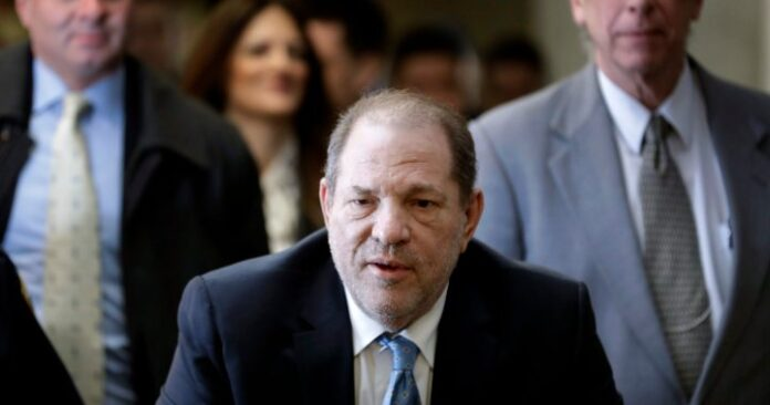 Harvey Weinstein brought to California to face further sexual assault charges - National | Globalnews.ca