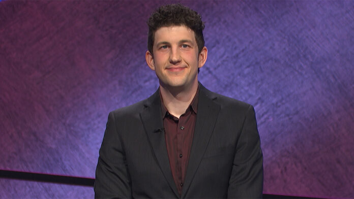 'Jeopardy' champion makes incredible risky wager to win 10th consecutive game
