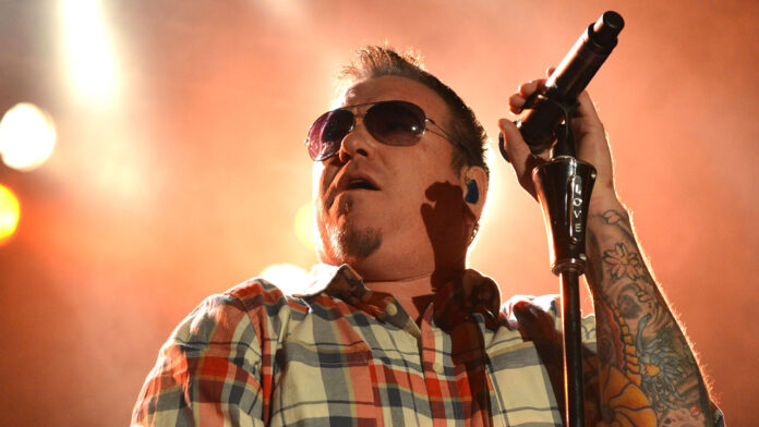 Smash Mouth singer Steve Harwell retires, focusing on 'physical and mental health' following 'chaotic' video