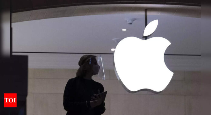 apple:  Thieves steal $1.4 million by abusing Apple's enterprise app programs: Report - Times of India